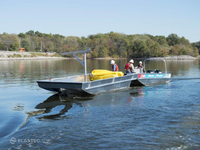 Workboat pushing barge